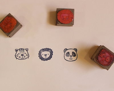 Wooden craft icon stamps three stamps set with stamp pad tiger lion panda thumb