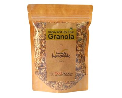 Honey and dry fruit granola thumb