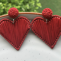 Raffia heart earrings red small