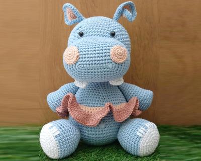 Hippo thumb