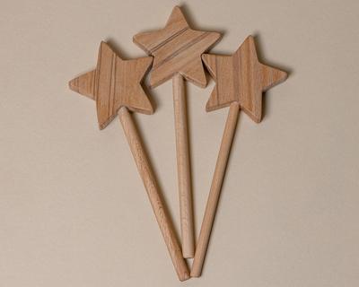 Winter star wand thumb