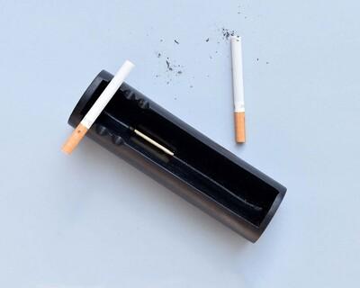 Line ashtray thumb