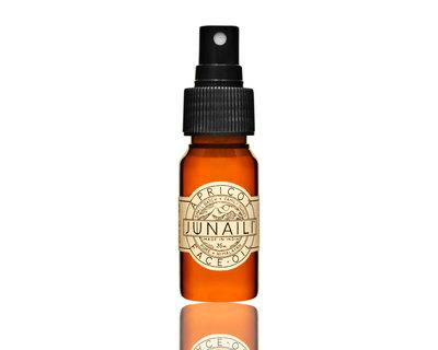 Apricot face oil thumb