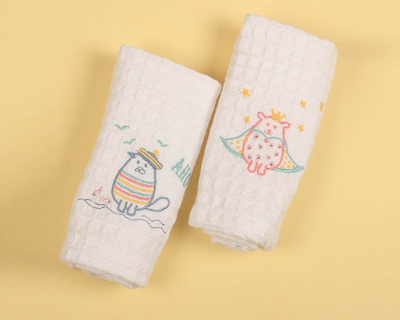 Mr mrs waffle face towel set of 2 thumb