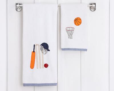 Champion towel thumb