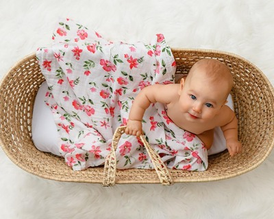 Blossoms organic swaddle set thumb